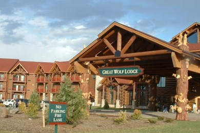 Great Wolf Resorts is a chain of indoor water cbbhreview.ml company owns and operates its family resorts under the Great Wolf Lodge brand. In addition to a water park, each resort features restaurants, arcades, spas and children's activities. Great Wolf Resorts is headquartered in Chicago, Illinois. The Resorts' mascots are Wiley Wolf, Violet Wolf, and Oliver Raccoon with additional characters.