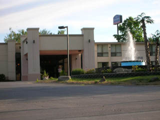 A Poconos Hotel Just Off Rt I 80 And Close To Camelback Skiing Camelbeach Water Park Indoor Pool With Lots Of Gl Tropical Plants Picnic Area