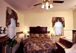 Jacuzzi room - Inn at Jim Thorpe