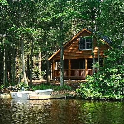 Lake side cottage for rent